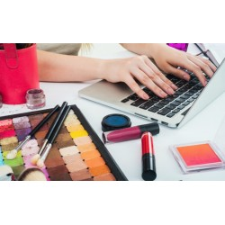 €19 Become a Freelance Makeup Artist