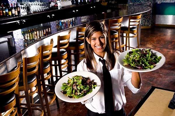 £/€/$4 Professional Waiter Training Online Course
