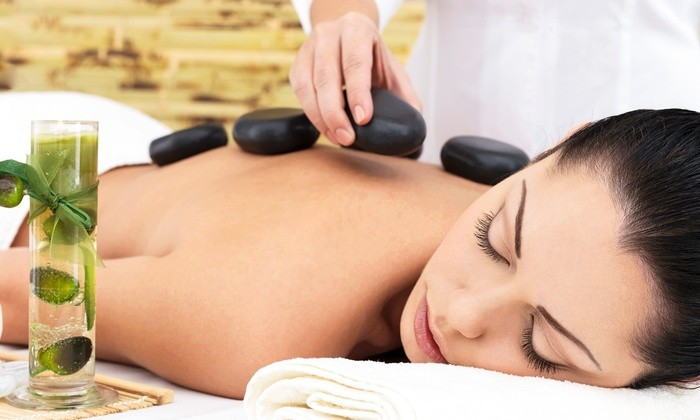 45 Minute Full Body Hot Stone Massage